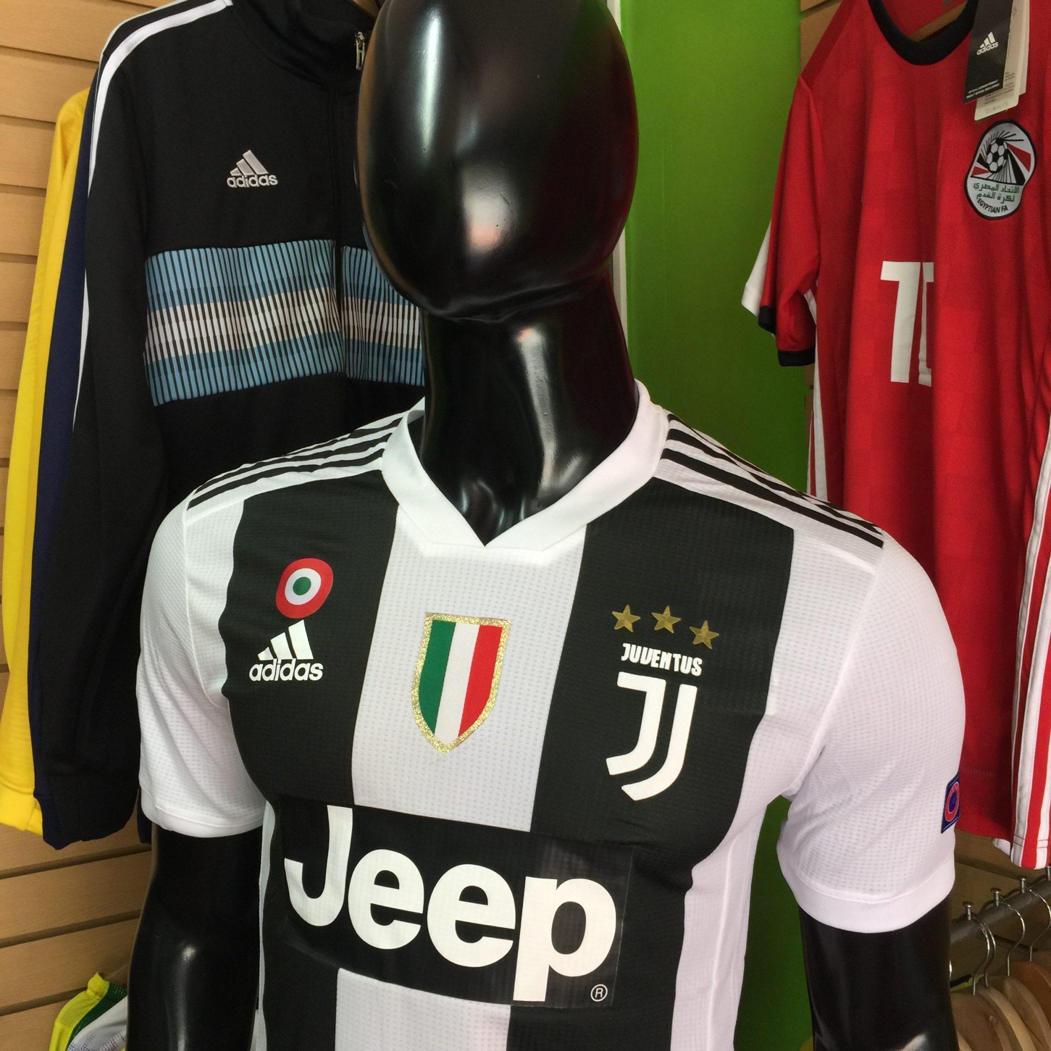 e1f9266fa6741 Camiseta Juventus Versión Jugador Local 2018-2019 - Fútbol de Primera