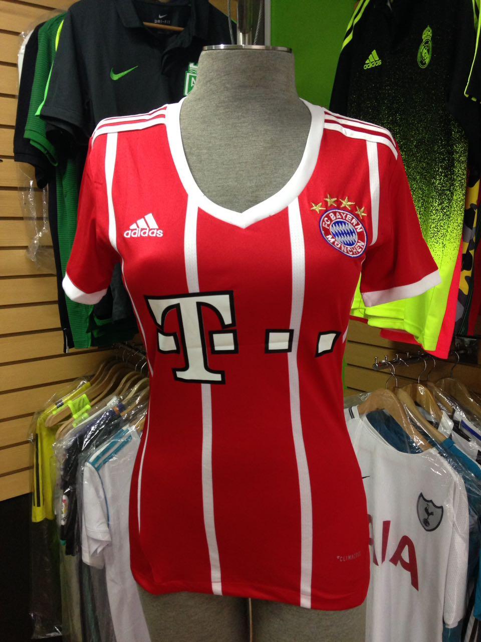 68499fdecf0bb Camiseta Mujer Bayern Múnich 2017 - 2018 - Fútbol de Primera